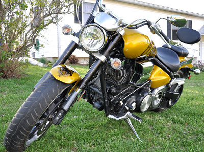Gadsden flag motorcycle - front of bike